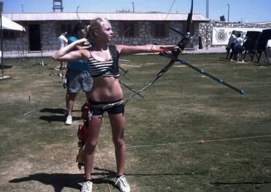 Archery Girls 15