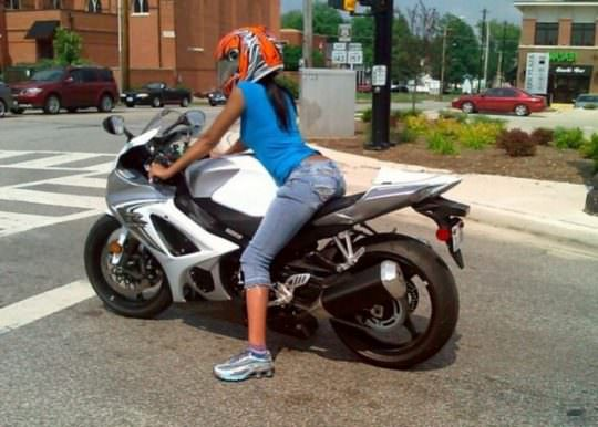 Hot Girls on Bikes 3