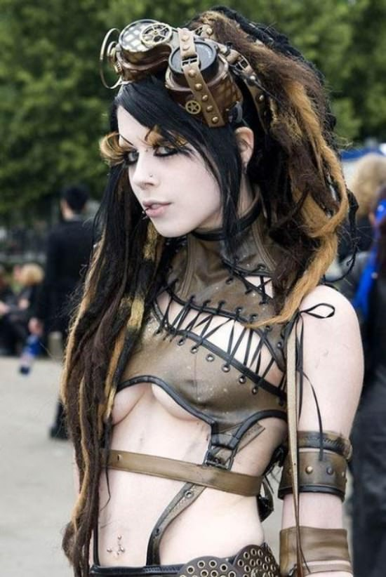 Steampunk Cosplay Girls 30