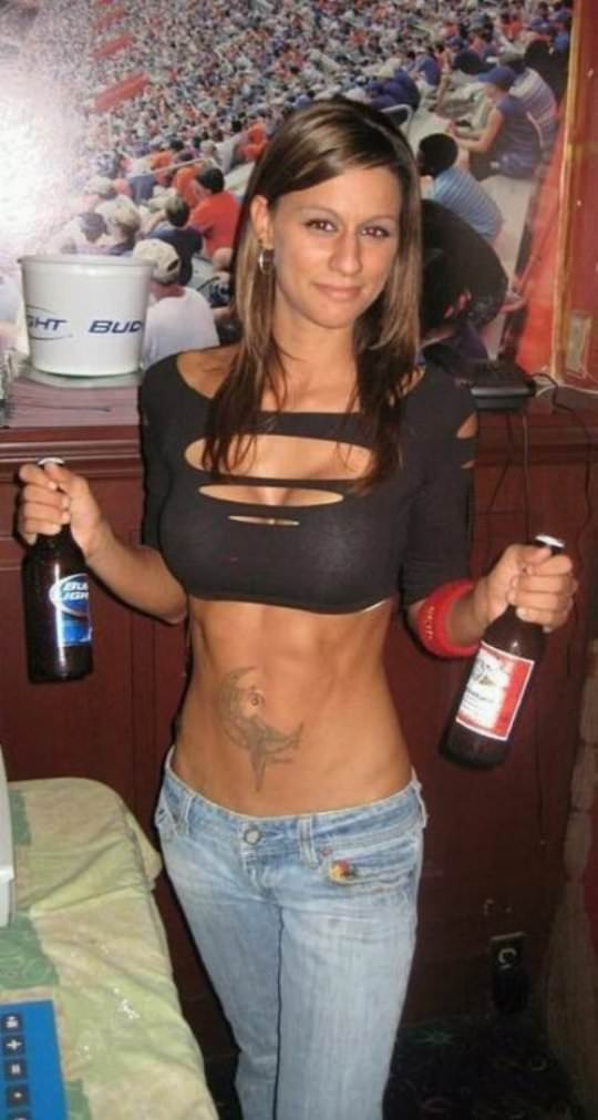 Girls who like beer 1
