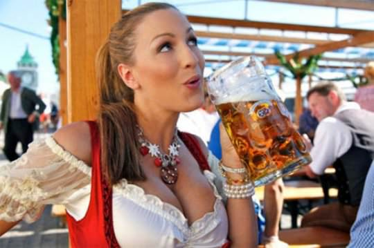 Girls who like beer 9