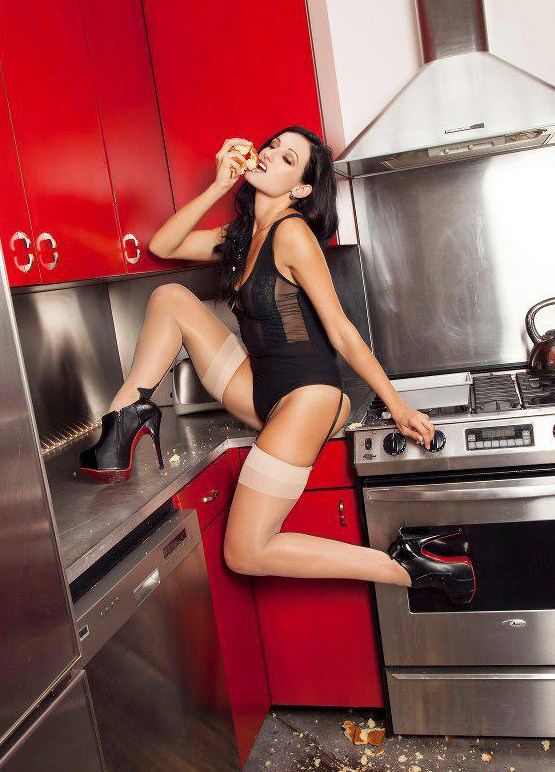 kitchen girls 4