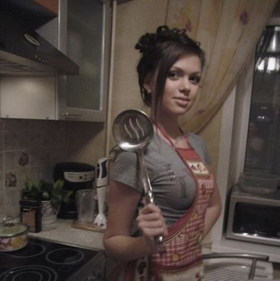 kitchen girls 8