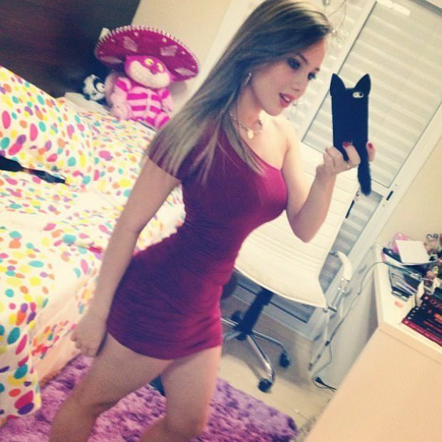Gostosa de shortinho brunette hots 106 - 3 part 8
