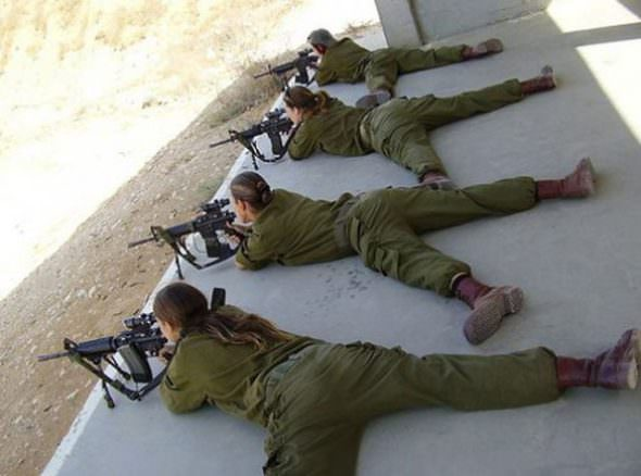 Israeli Defense Female Soldiers 15
