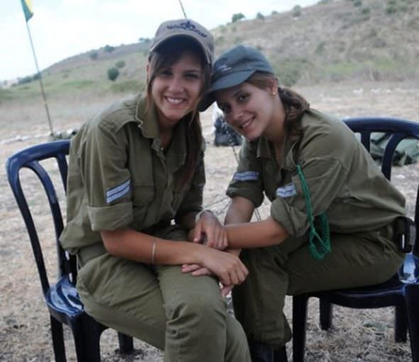 Israeli Defense Female Soldiers 23