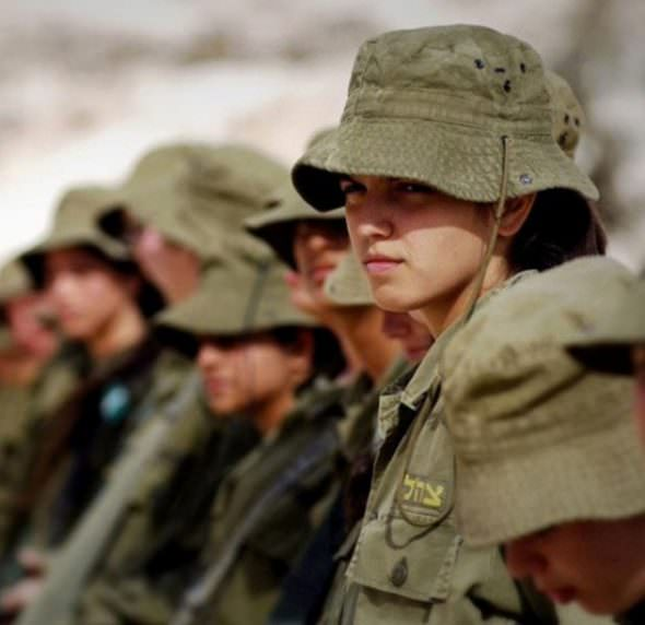 Israeli Defense Female Soldiers 25