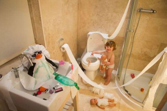 Bilderesultat for kids making a mess