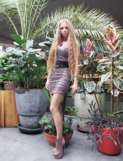 valeria-lukyanova real life barbie pictures 12