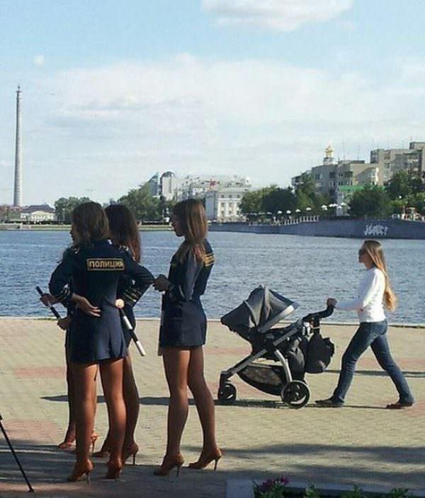 Картинки по запросу девушки в полиции россии