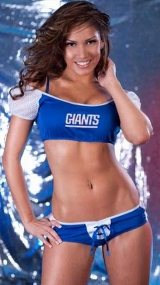Hottest Giants and Patriots Superbowl Fans 11