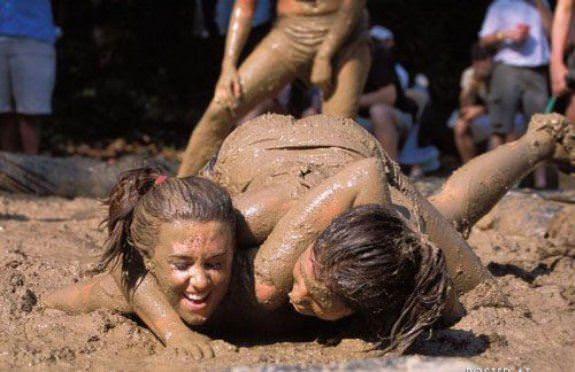 Female Mud Wrestling 16